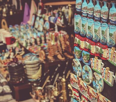 Souvenirs - why destinations need them?