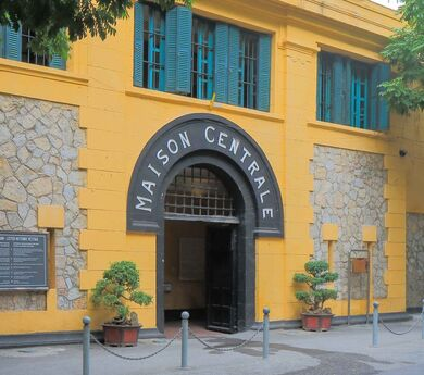 Hoa Lo Prison – an old relic with new destination image